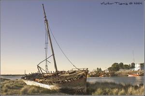embarcacion abandonada